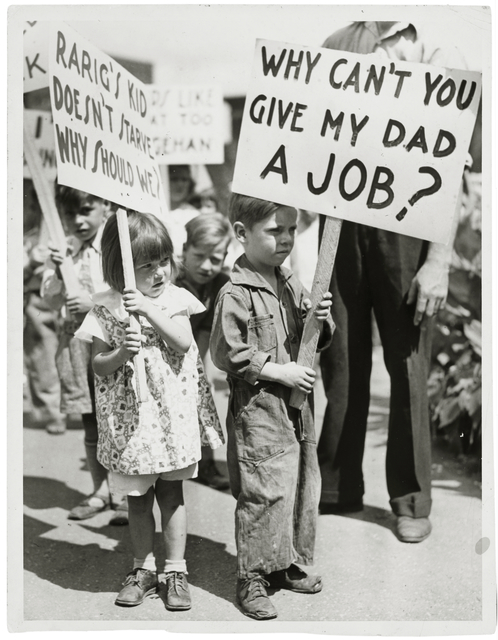 Workers Alliance picketing for jobs; children holding signs, St. Paul.