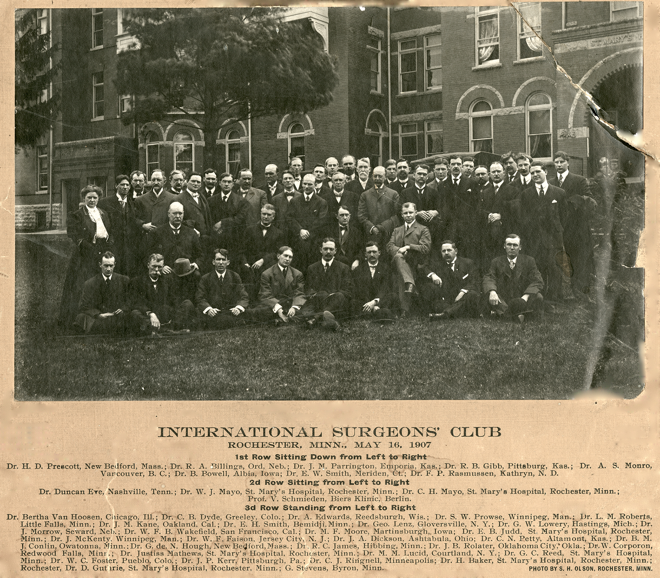 Photo of the 1907 Surgeons' Club