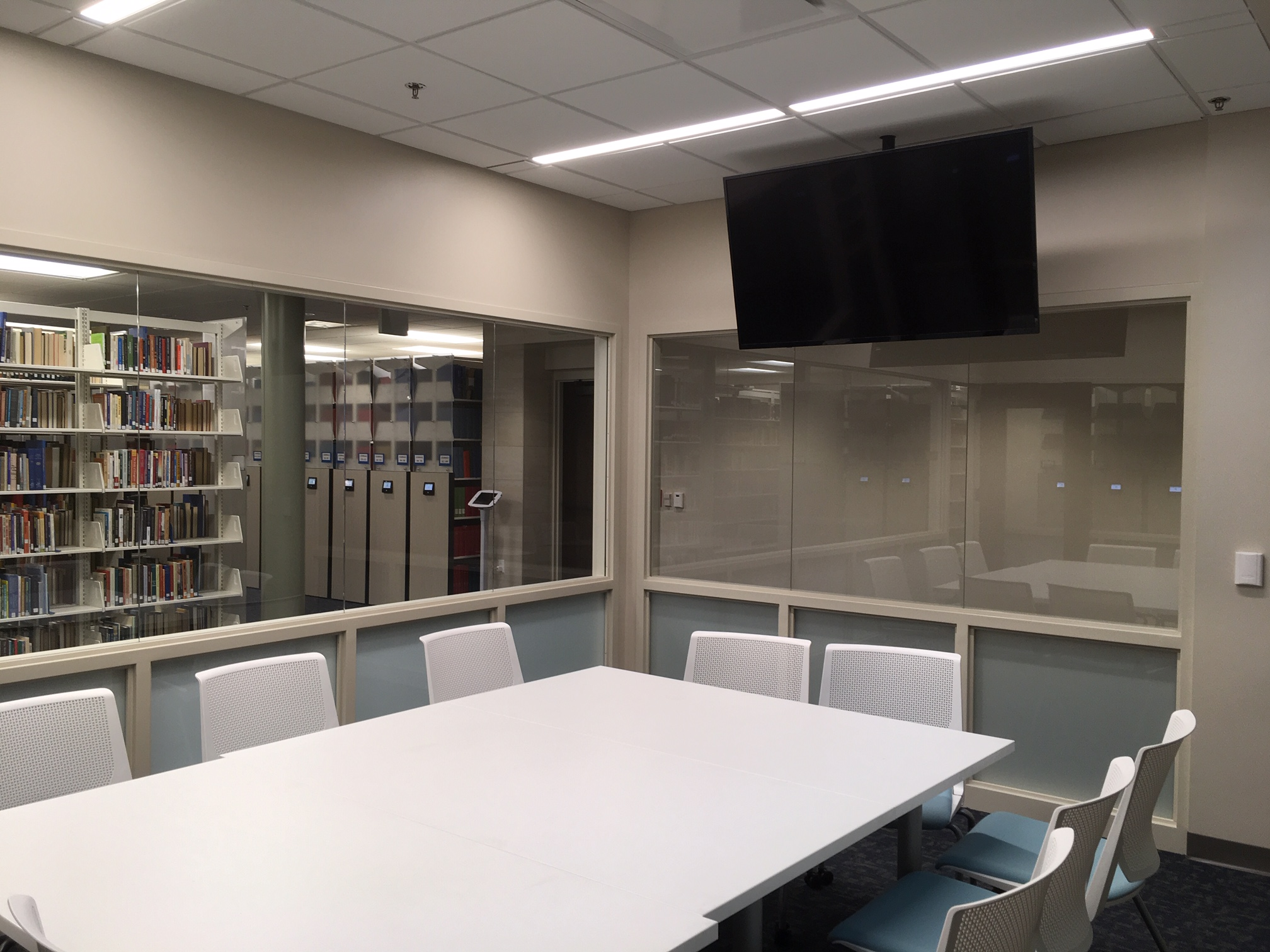 Large group study room