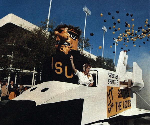 WSU homecoming parade, 1982