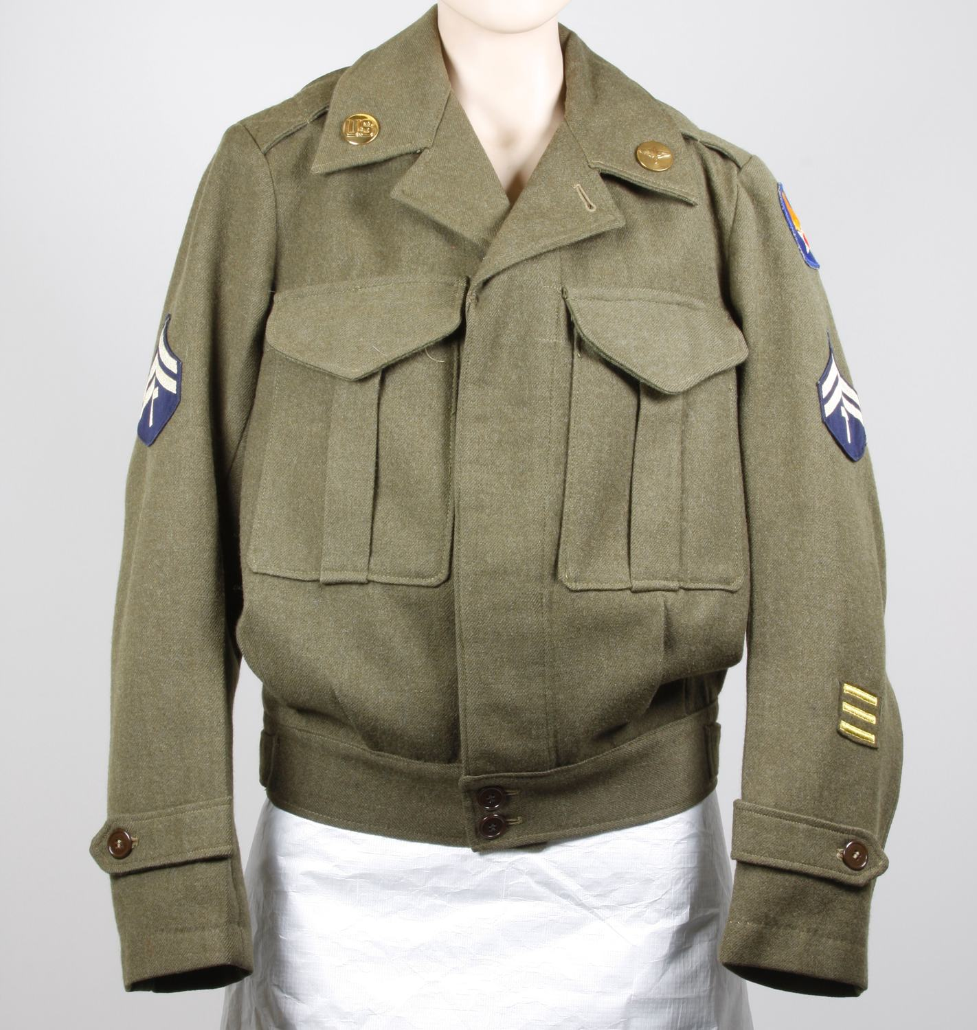 Photo of US Marine jacket used in 1943