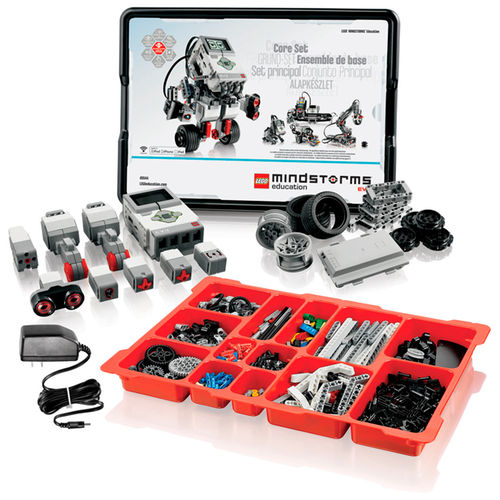 Photo of the lego mindstorm kit contents