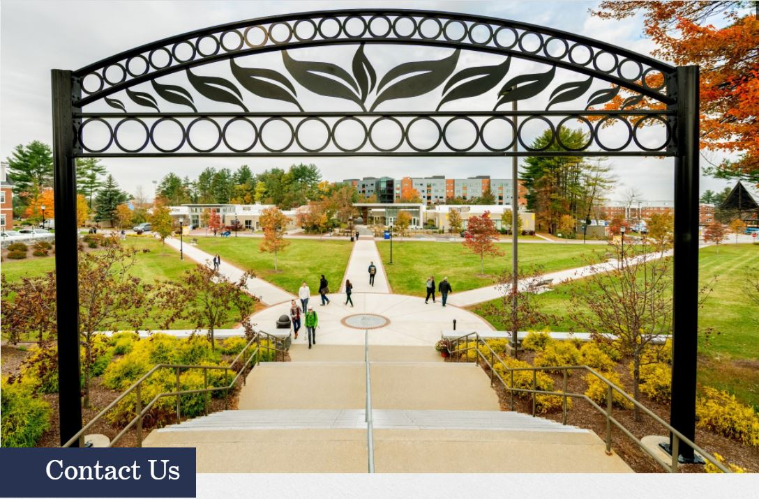 Image of SNHU gate to campus green