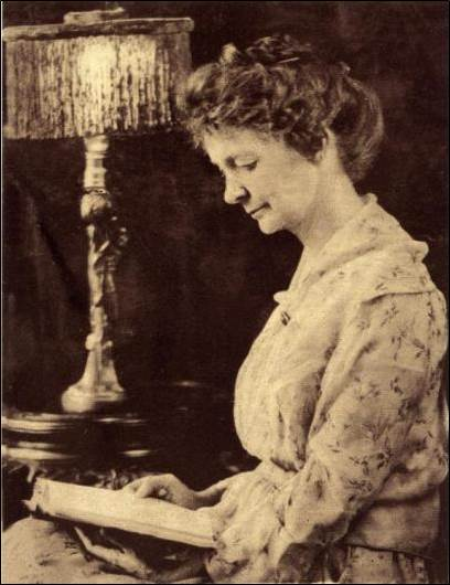 Belle Christie Critchett, Suffrage activist