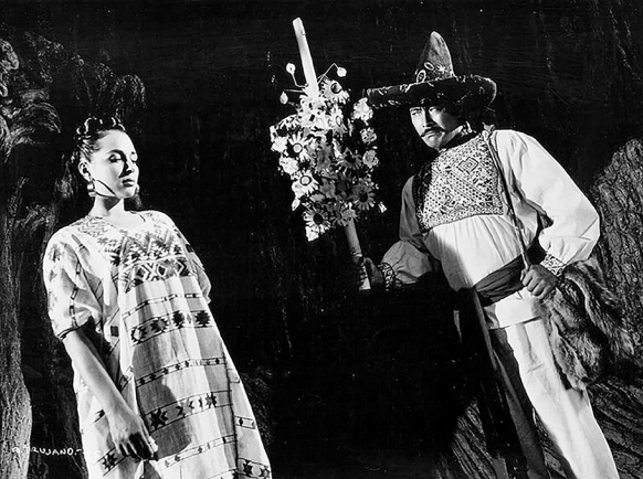 Flor Silvestre and Toshiro Mifune in <i>Animas Trujano</i>