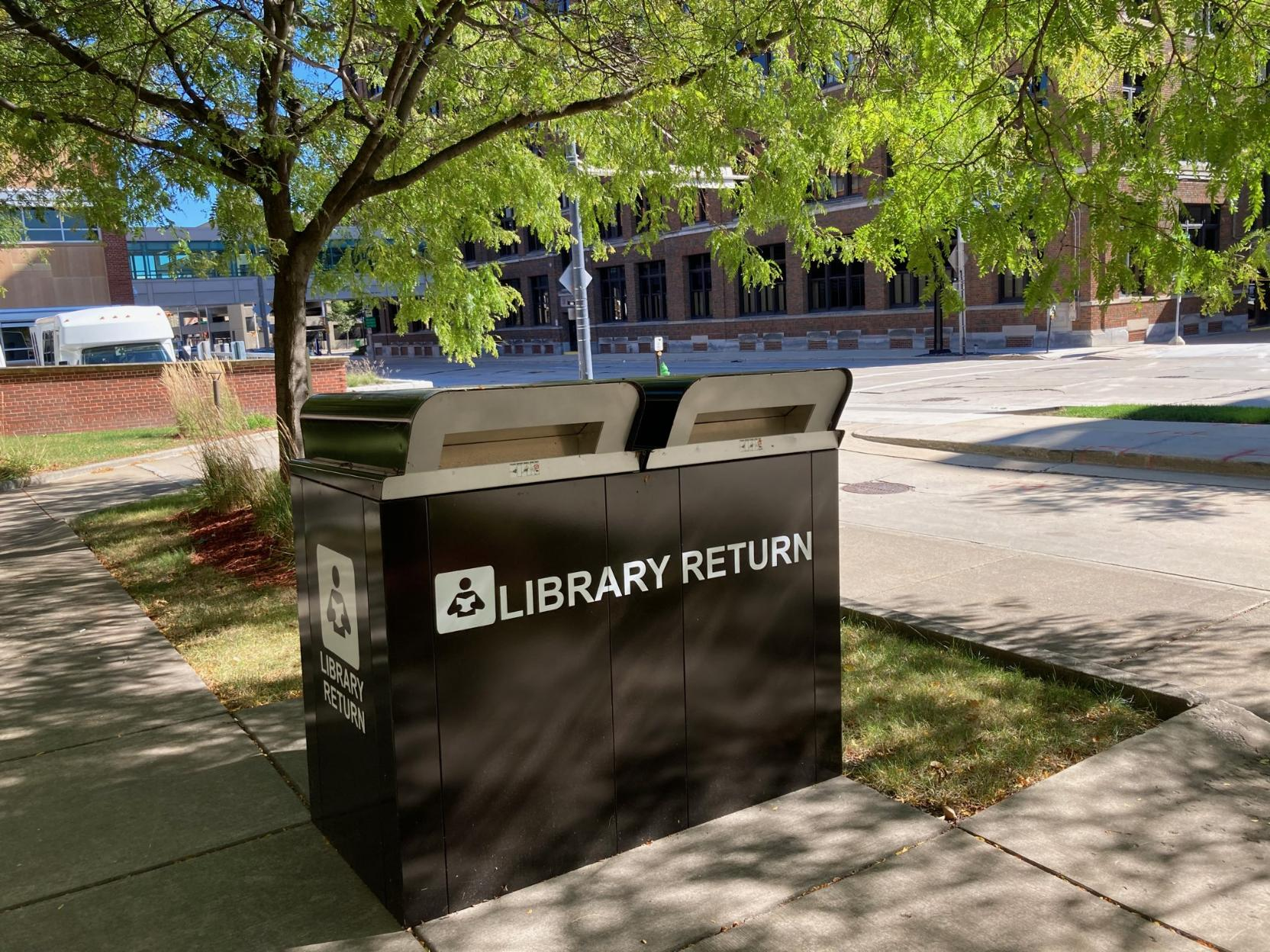 picture of the MATC Downtown Campus Library outside book drop