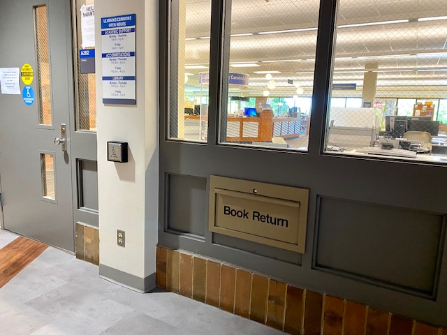 picture of hallway book return at Mequon Library