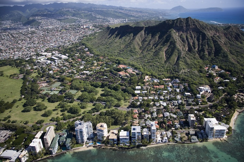 Modern Aerial View of Waikikī Beach and Honolulu.