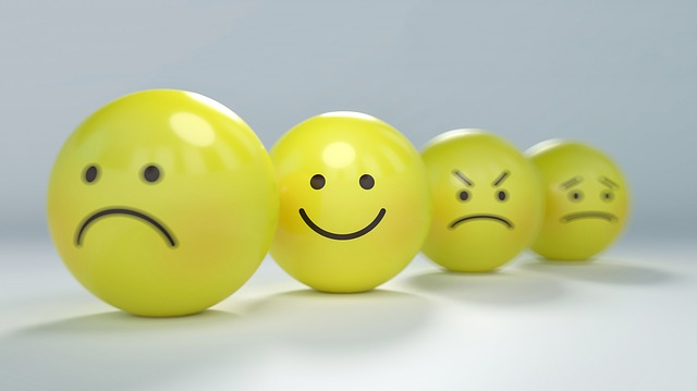 Yellow balls with emotional faces