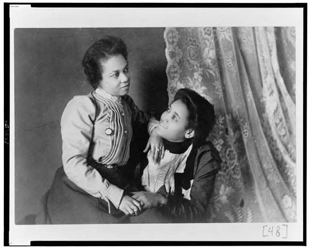 Two African American Women c 1899-1900