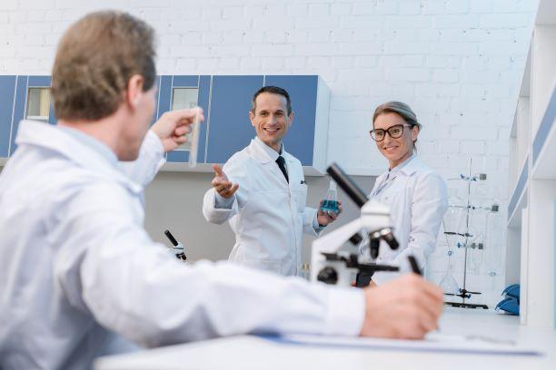Happy Scientists https://depositphotos.com/portfolio-13194036.html