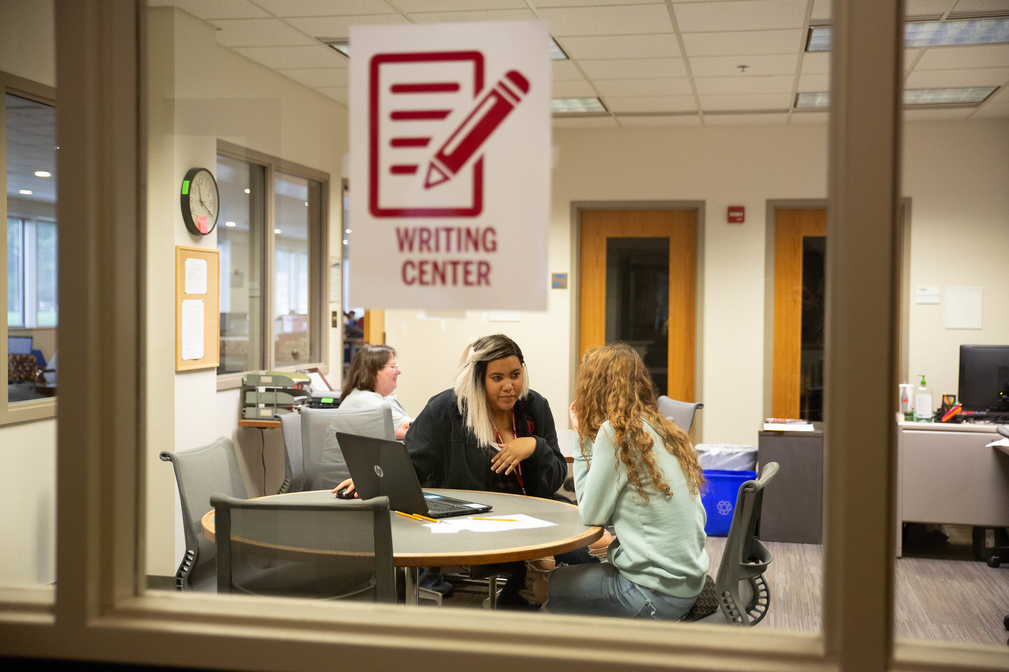 View into the Writing Center in the IU Kokomo Library
