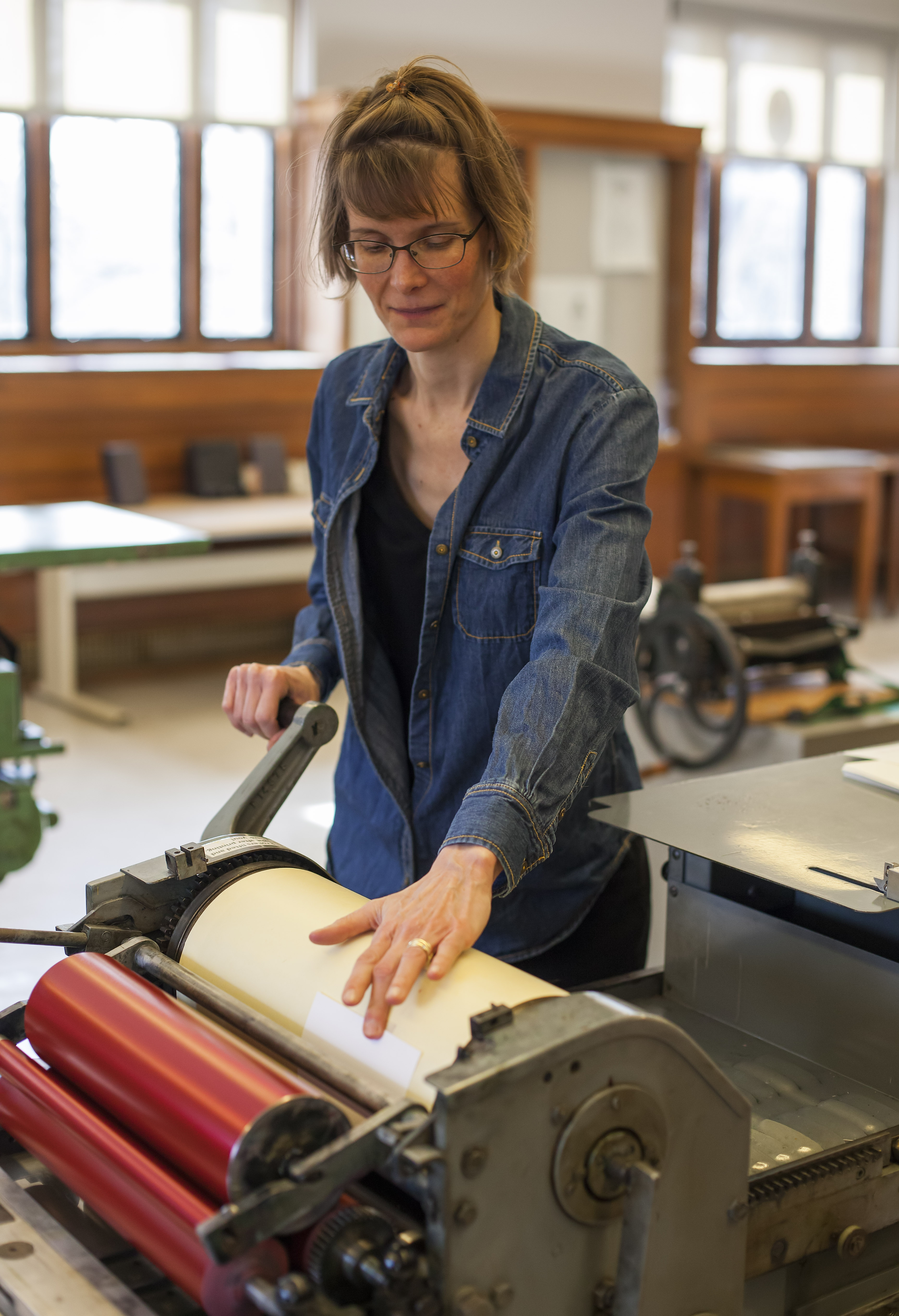 Katherine Ruffin in the Book Arts Lab