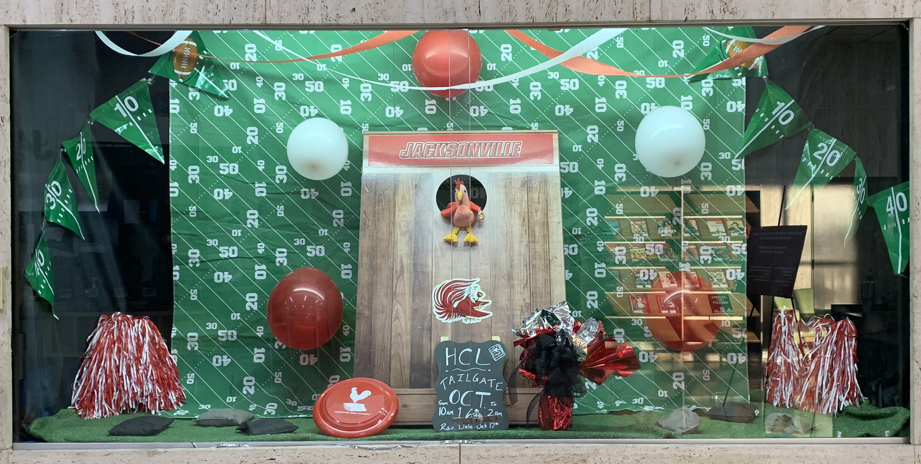 2019 HCL Tailgate Display