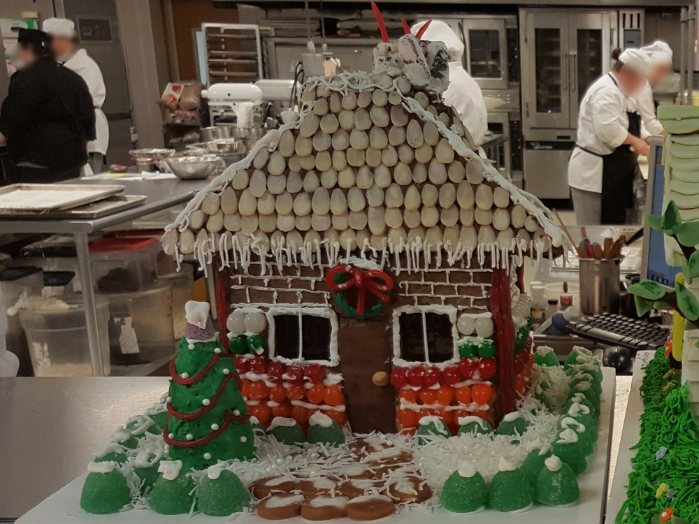 2016 Gingerbread Christmas Cottage