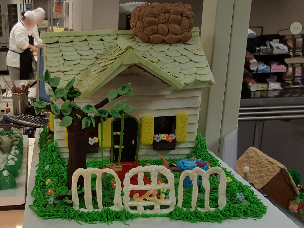 2016 Gingerbread White Picket House - front view