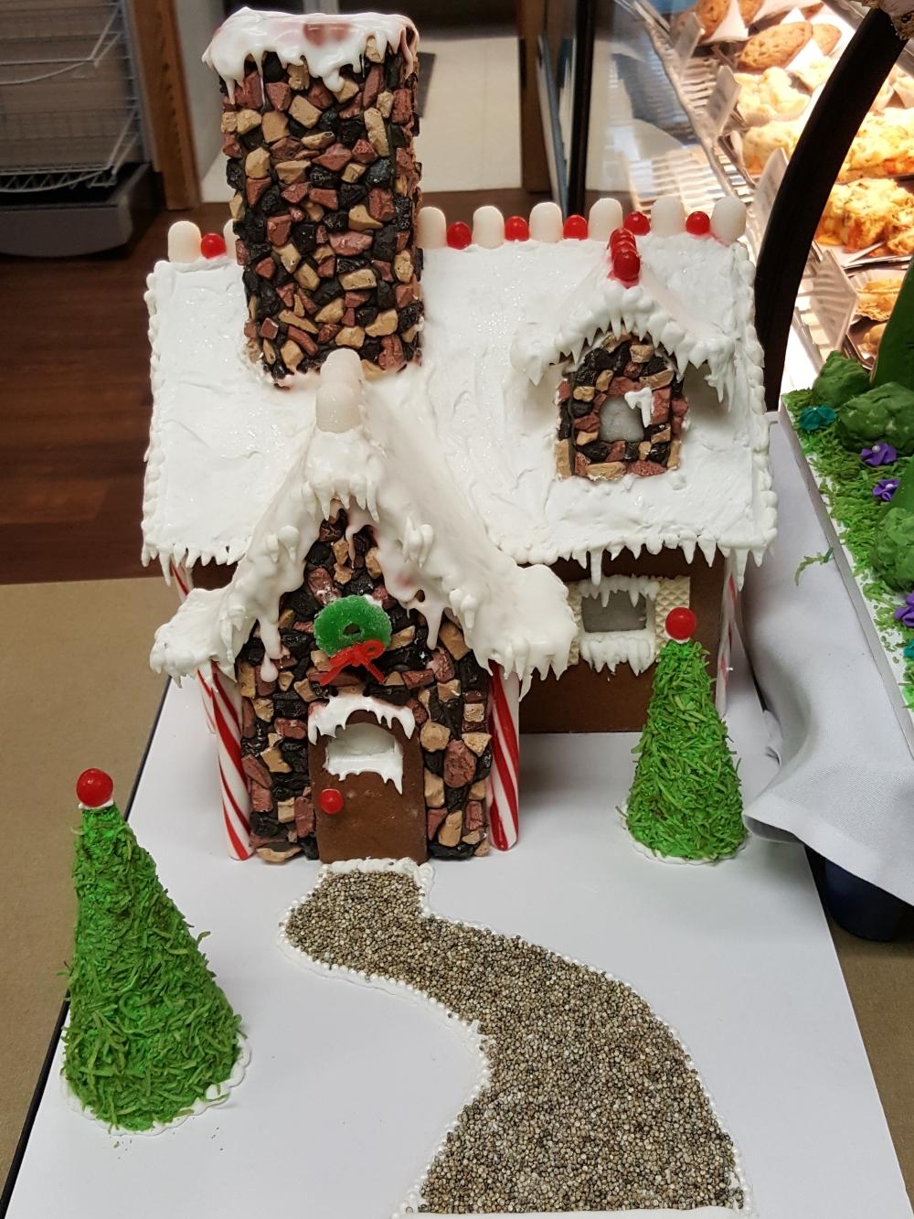2016 Gingerbread Snowy Cobblestone Cottage