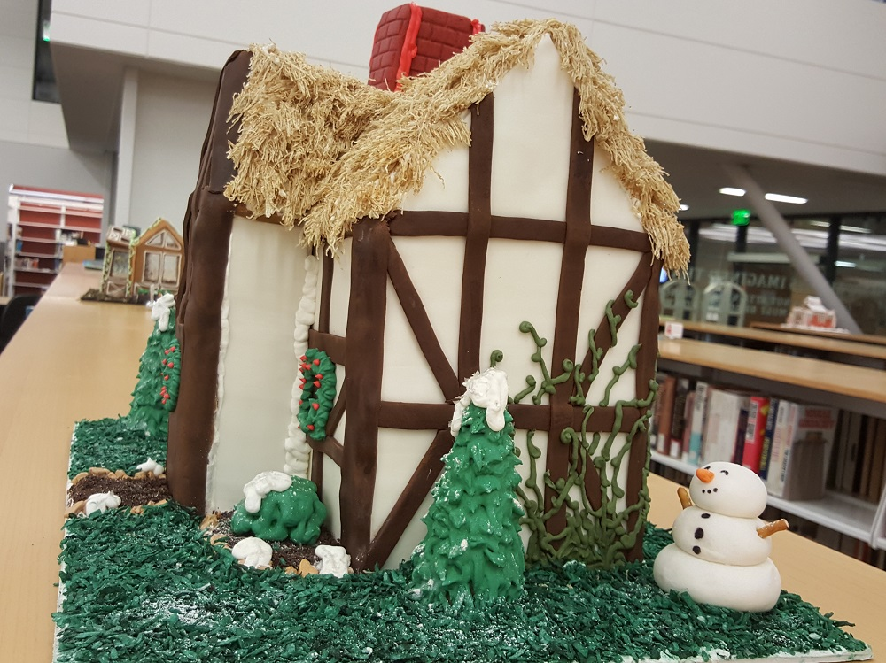 2018 Gingerbread Thatched House - right side view