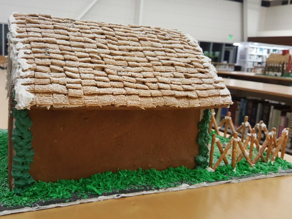 2018 Gingerbread Horse Barn - side