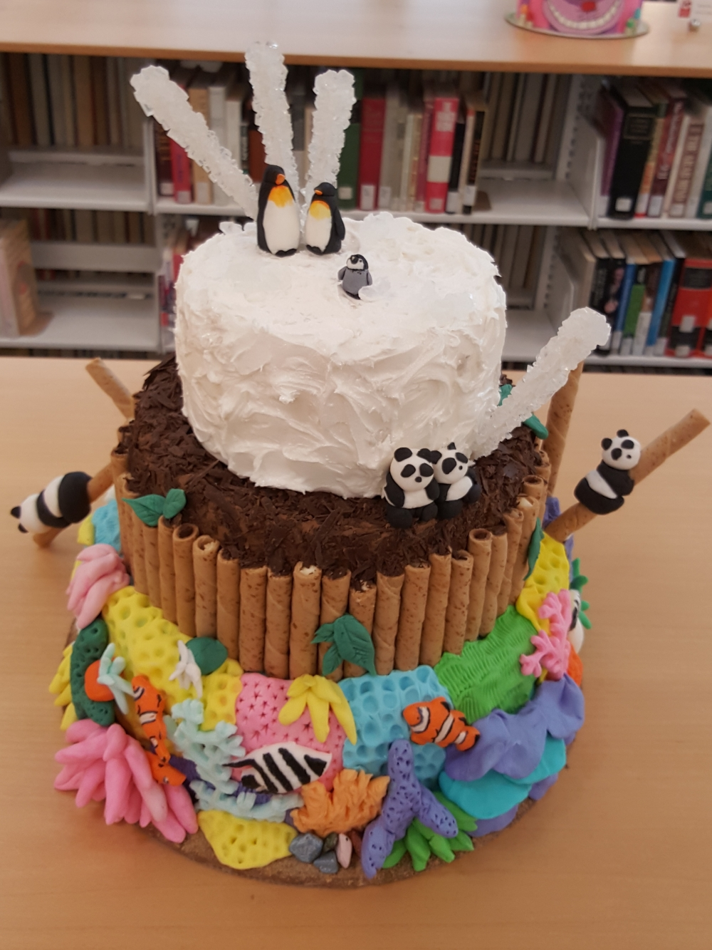 2019 Cakes Endangered Species - top view