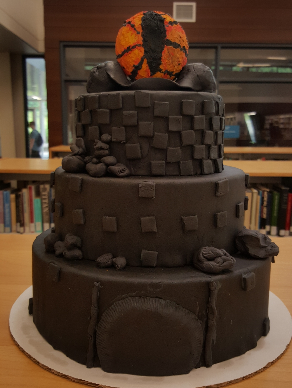 2019 Cakes Eye of Mordor Tower - front view