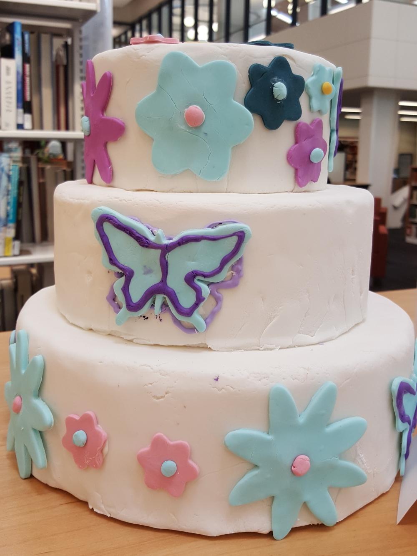 2017 Cakes Butterflies & Flowers
