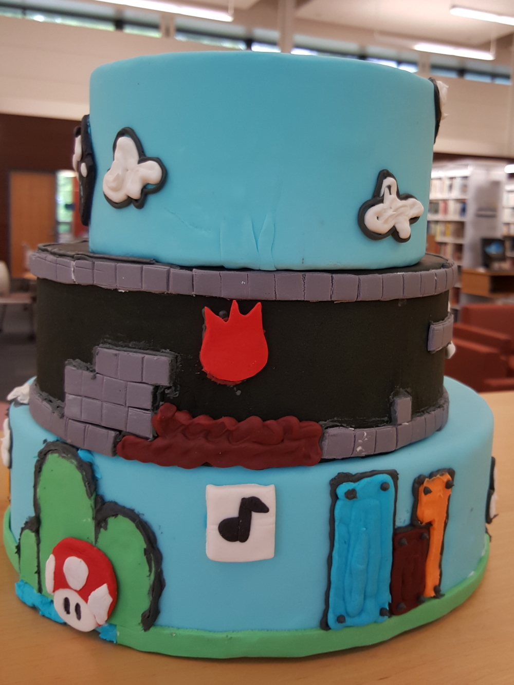 2018 Cakes Mario Brothers - back view