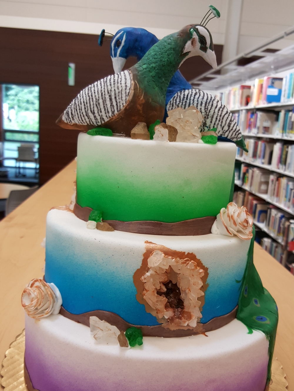 2018 Cakes Peacock - front view