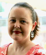 Traci Avet-Hector: Reference Librarian