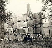 Image of the burned out building on the SBU Campus from the fire in 1910..