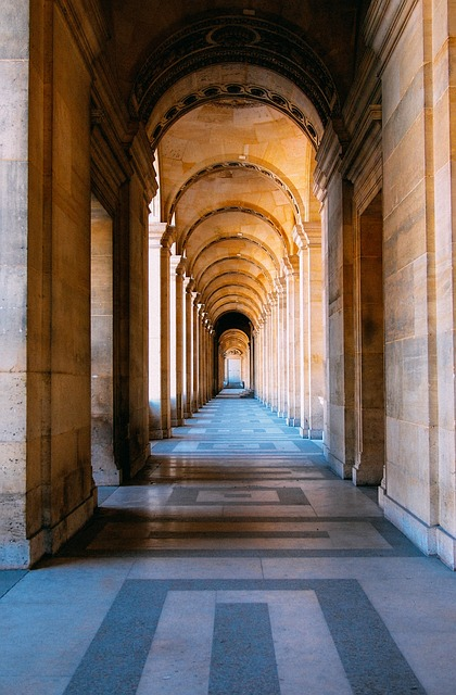 image of hallway with columns