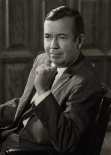 Photograph of Dr. W. Curtis Worthington, Jr.