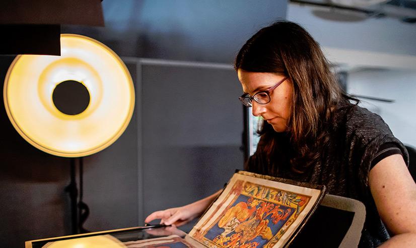 Andrea scanning rare materials in SCETI