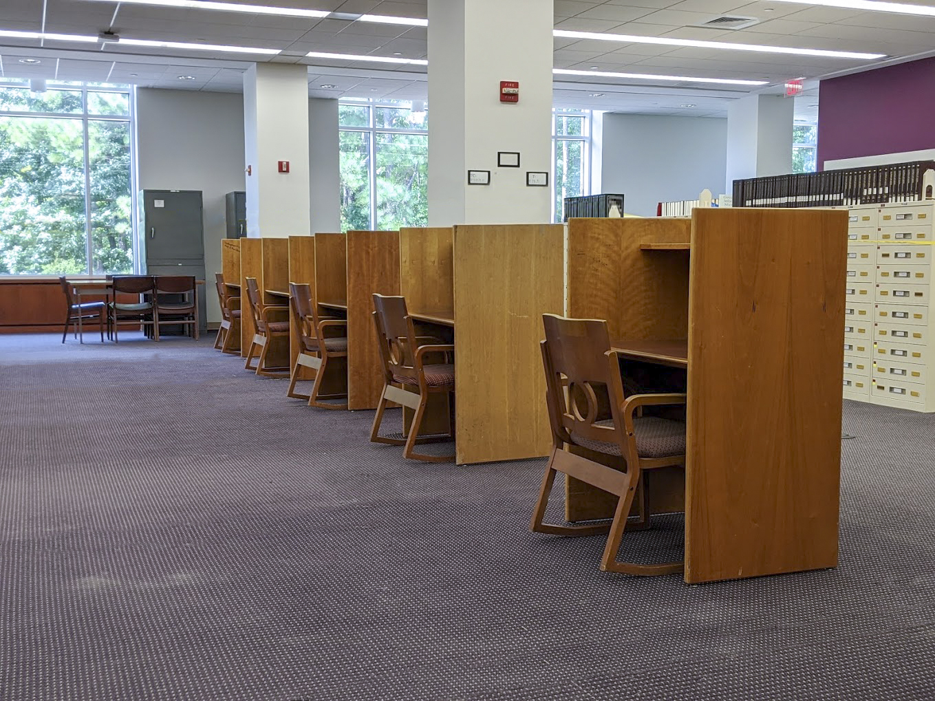 Study carrels set up in the new open Read & Relax area for students to reserve for Zoom meetings and classes.