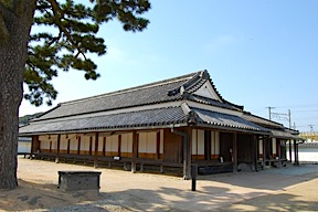 Building where Tokaido travelers were interviewed, at Arai Barrier Gate