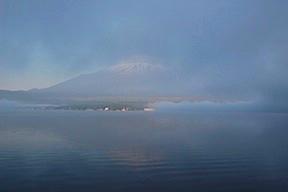 Fujisan in mist
