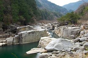 Nezamenotoko Gorge, Kiso Valley