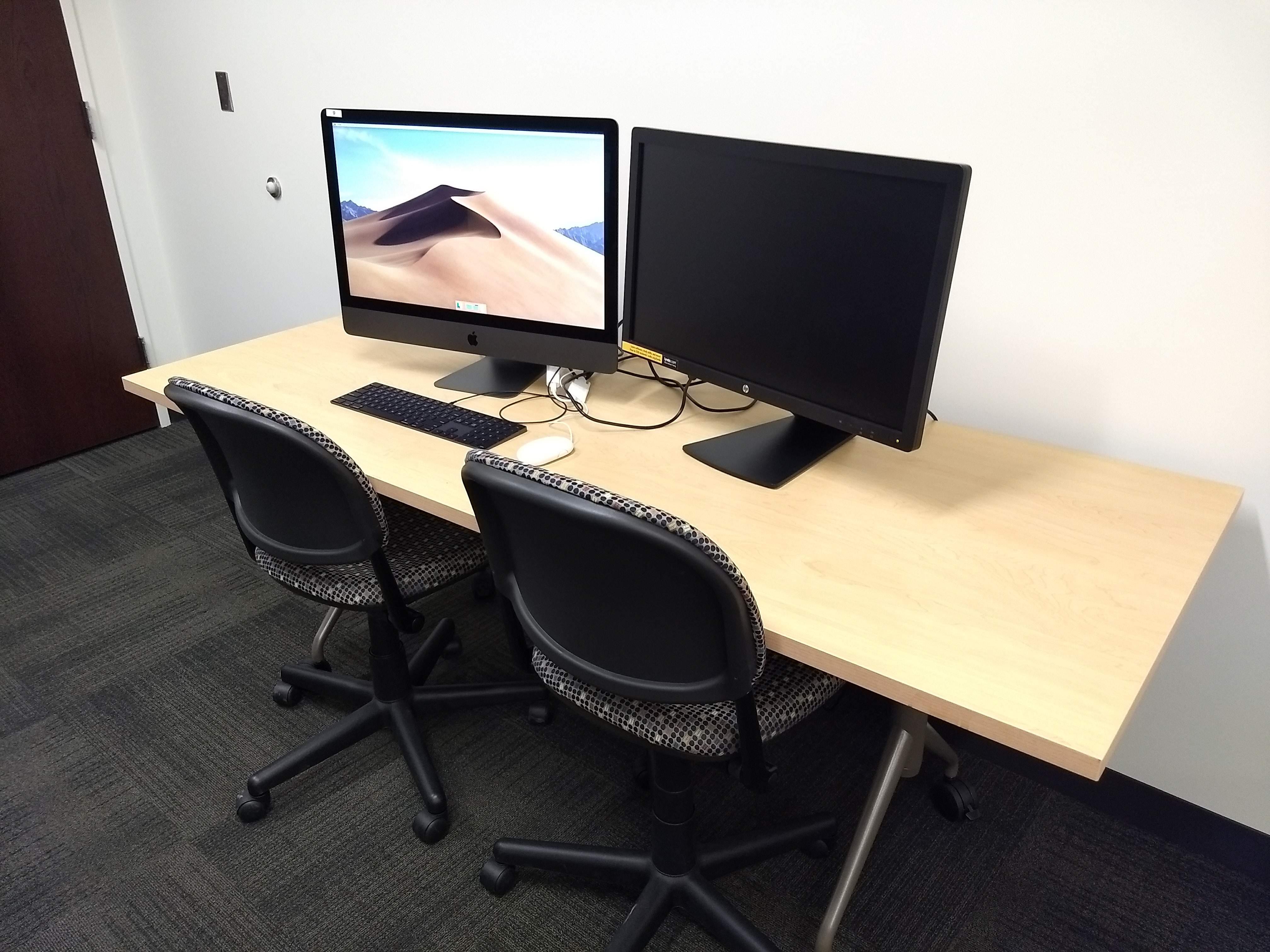09 Workstation - Dual Monitor