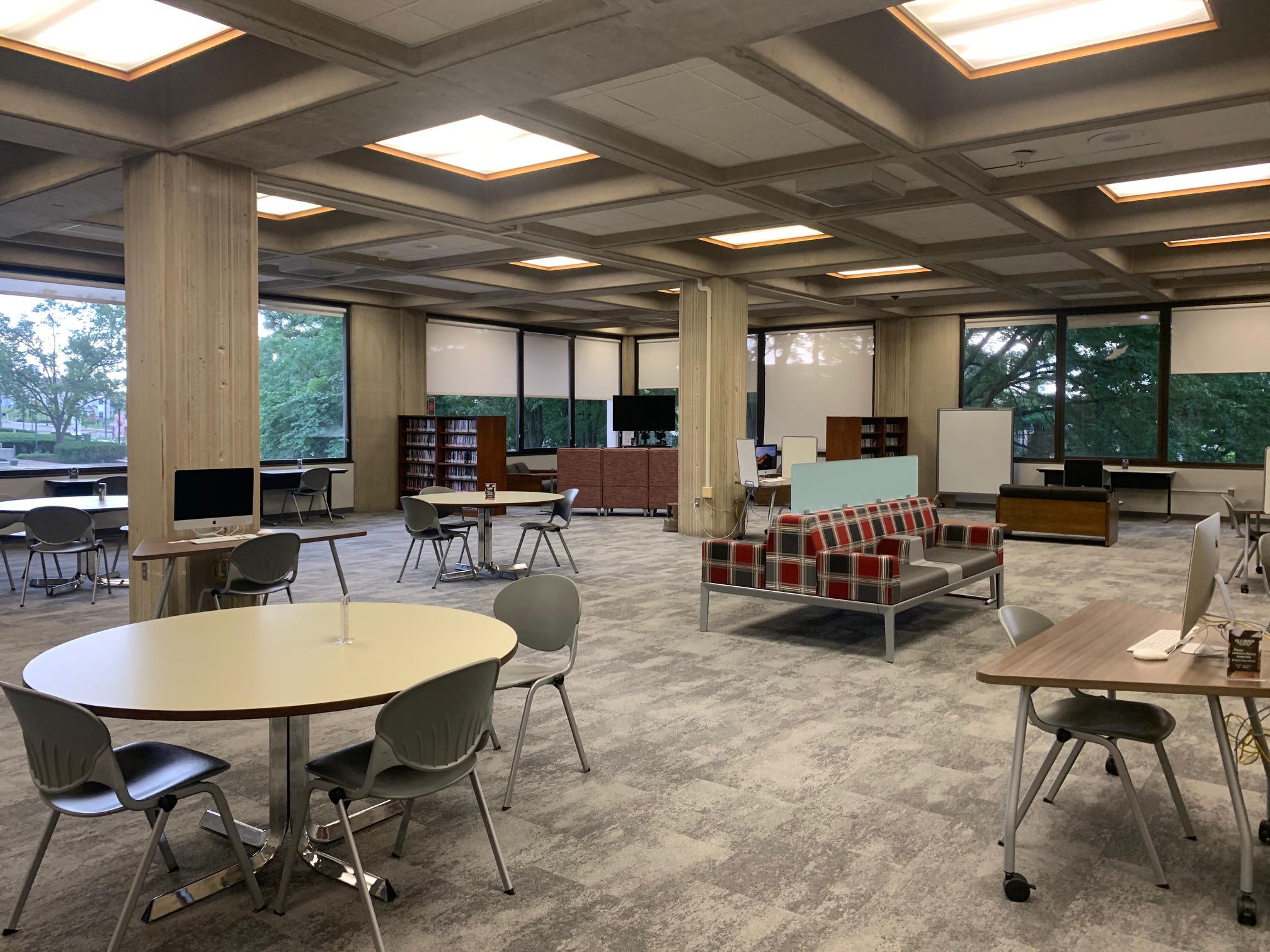 Photo of 3rd Floor Multimedia Area