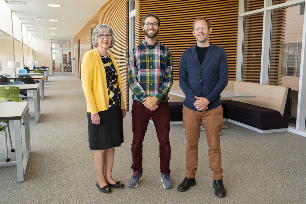 Research librarian staff