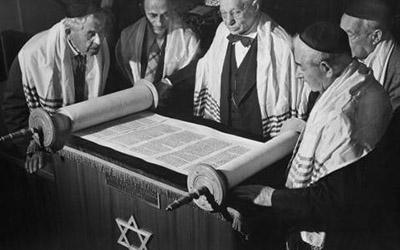 men with Torah