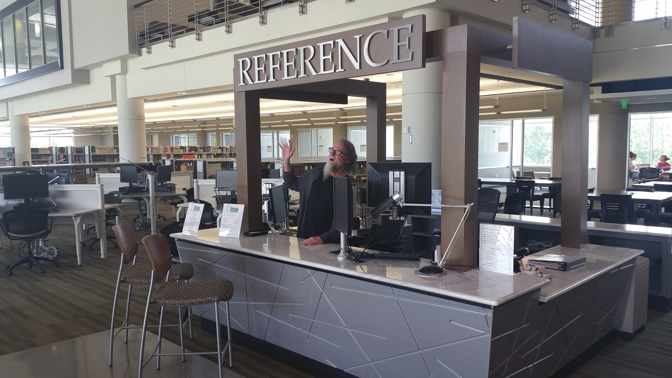 Librarian David welcomes you to the Reference Desk